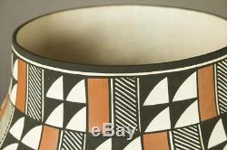VERY LARGE Acoma Polychrome Pottery Olla, Native American Indian, Goldie Hayah