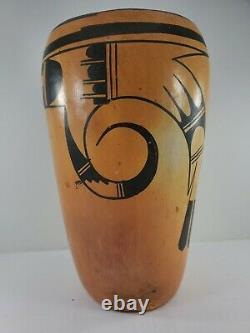 Vintage Hopi Indian Pottery Vase Native American, SIgned