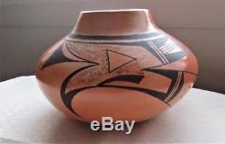 Vintage Hopi Native American Indian Pottery Vase Pot Signed Stella Huma Arizona