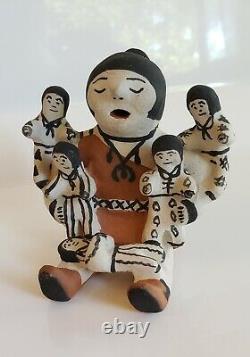Vintage Jemez Storyteller 5 Children Native American Pottery Not Signed