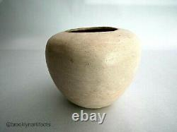 Vintage Native American Acoma / Pueblo Indian Pottery White Jar Eva Histia