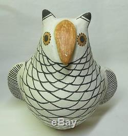 Vintage Native American Acoma Pueblo Pottery OWL Effigy Figure 6.75