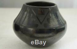 Vintage Native American MARIA & JULIAN MARTINEZ Blackware Pottery Olla 1925-43