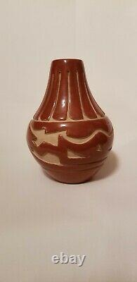 Vintage Native American Santa Clara Pueblo Pottery Vase By Stella Chavarria