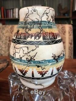 Vintage Navajo Native American Signed Clah Horse Hair Etched Pottery Vase