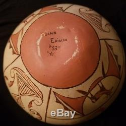 Vintage Pottery Zuni Olla Signed Native American Indian