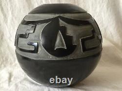 Vintage Santa Clara Style Black Pottery Native American Type Olla Large Pot