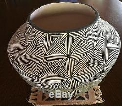 Virgie (Virginia) Garcia LARGE Native American Indian Acoma Pueblo Pottery