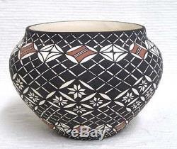 Wonderful Acoma Indian Handpainted Pot Pottery by Myra Lukee