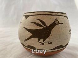 Zia Pueblo Pot Signed Petra Lucero Handmade Native American Vintage 1977