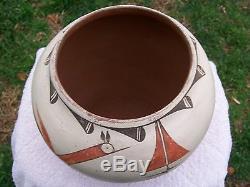 Zia pueblo pottery signed benigna medina zia large pot 8 by 8 1/2